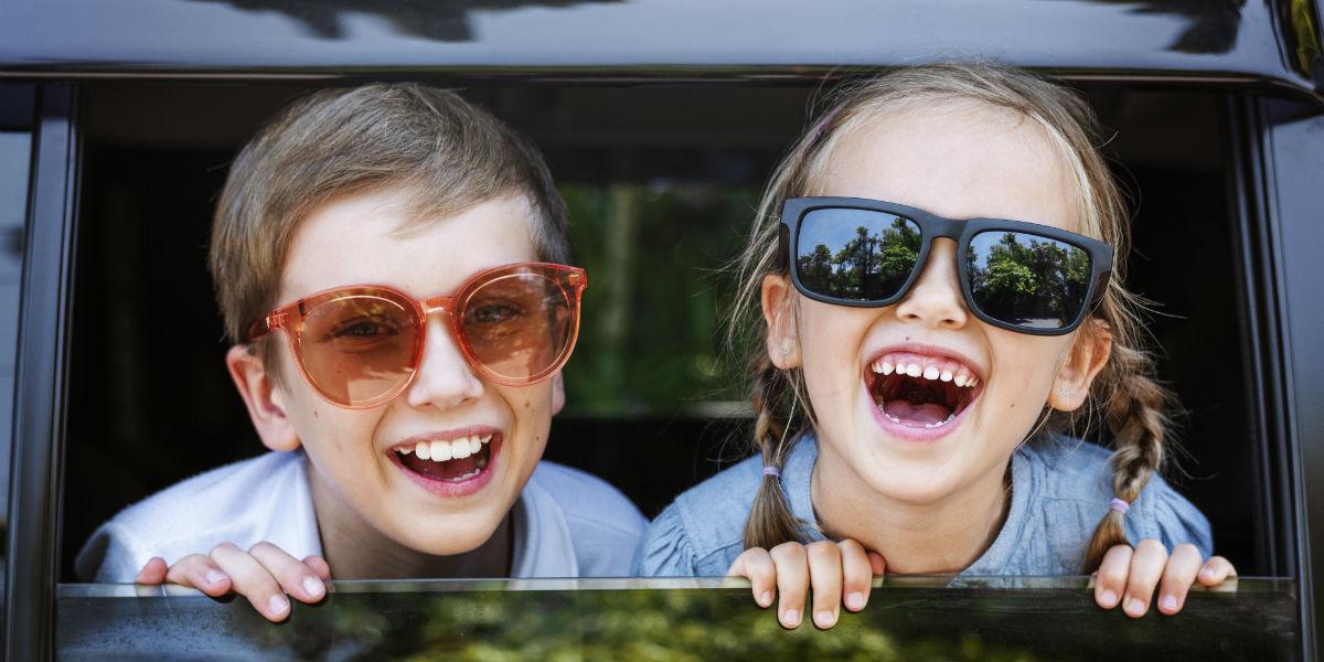 Dalen Parkering underholdning for barn i bilen
